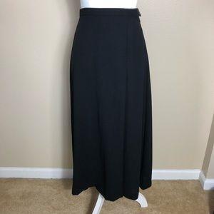 Vintage MaxMara Black Midi Skirt with Slit